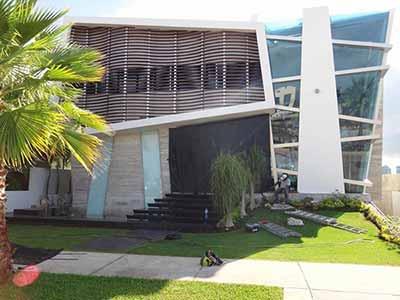 Lonas anticiclónicas en Cancún